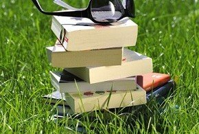что из книг взять в отпуск на одном дыхании